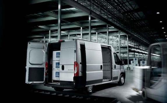 Peugeot Boxer - uitvoering Asphalt vervoer ladingen