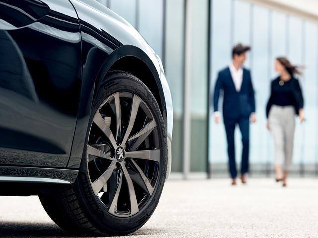 Peugeot Financial Lease