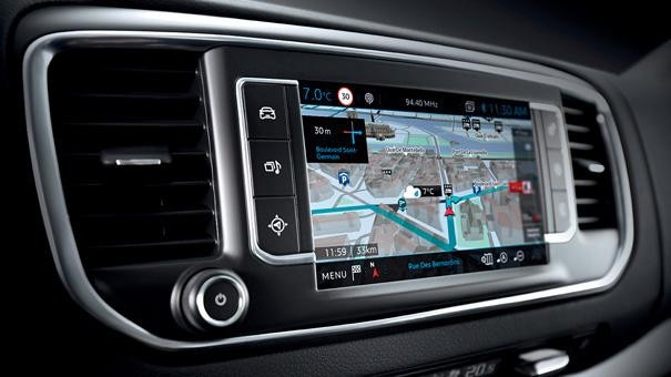 Peugeot Traveller Business - Connect 3D-navigatiesysteem