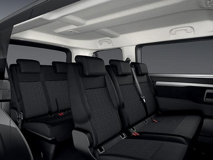 Peugeot Traveller Business - interieur zitplaatsen