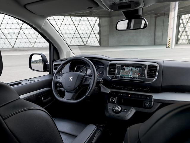 Peugeot Traveller Business - interieur cockpit