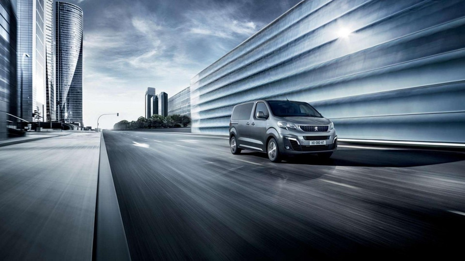 Peugeot TRAVELLER BUSINESS - Verticale grille