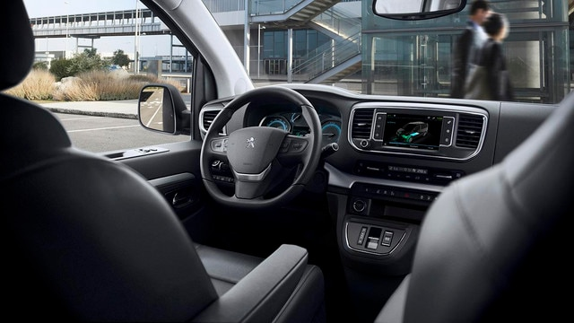 Nieuwe Peugeot e-TRAVELLER BUSINESS - Nieuwe cockpit