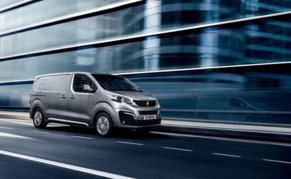 Peugeot Expert – Asphalt-uitvoering met rijhulpsystemen