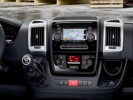 Peugeot Boxer -  technologie -  touchscreen