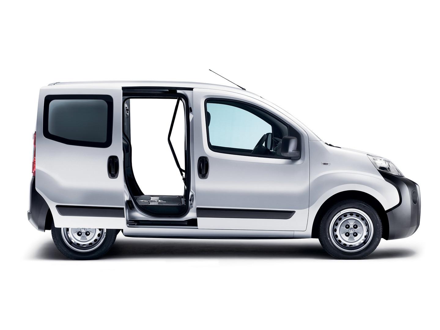 peugeot bipper een lichte en compacte bedrijfswagen van. Black Bedroom Furniture Sets. Home Design Ideas