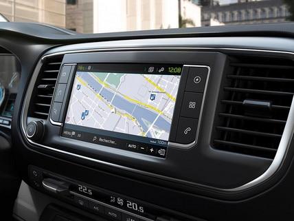 Nieuwe Peugeot e-EXPERT – Touchscreen met laadpunten, met Free2Move Services