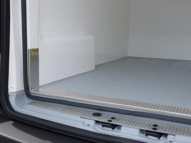 Peugeot Bedrijfsauto's - Peugeot koel-/vriestransport - interieur antislipvloer