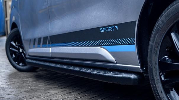 nieuwe Peugeot Expert Sport - exterieur zijaanzicht